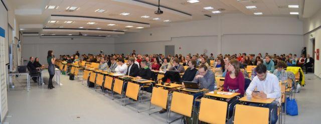 Pohľad na účastníkov konferencie Junior Internet 2013, zdroj: AMAVET