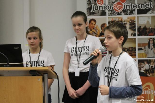 Účastníci súťaže Junior Internet 2016, zdroj obrázka: Daniel Ondra