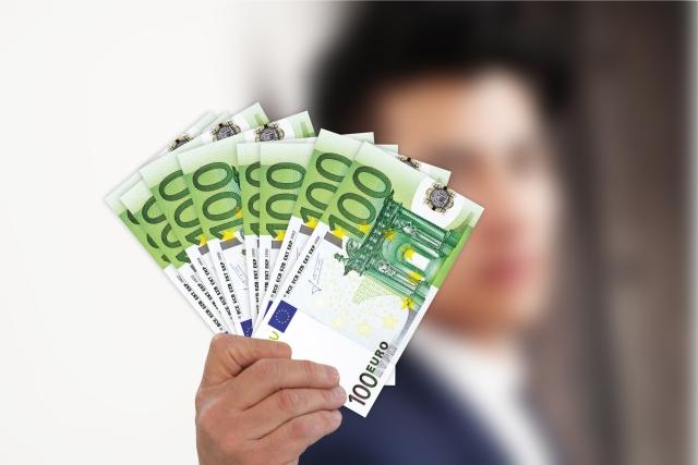 Peniaze do vlastného vrecka, foto: pixabay.com, geralt