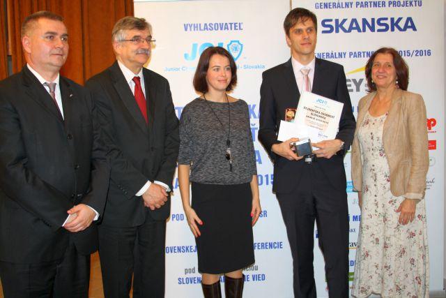 Jakub Berčík – víťaz kategórie Ekonómia, foto: Miloslav Ofúkaný