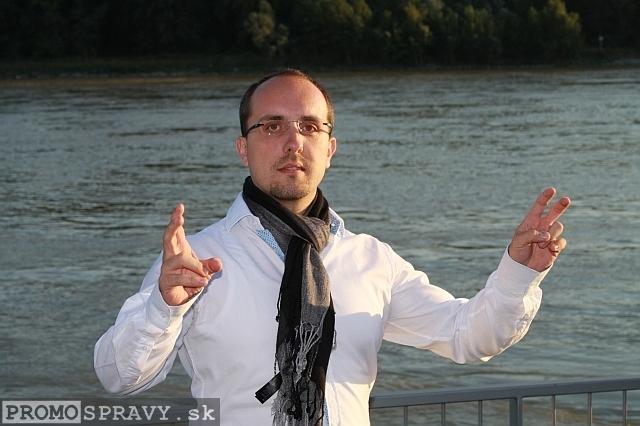 Andrej Mažáry na treťom stretnutí Toastmasters pod holým nebom dňa 6.9.2012, foto: Miloslav Ofúkaný