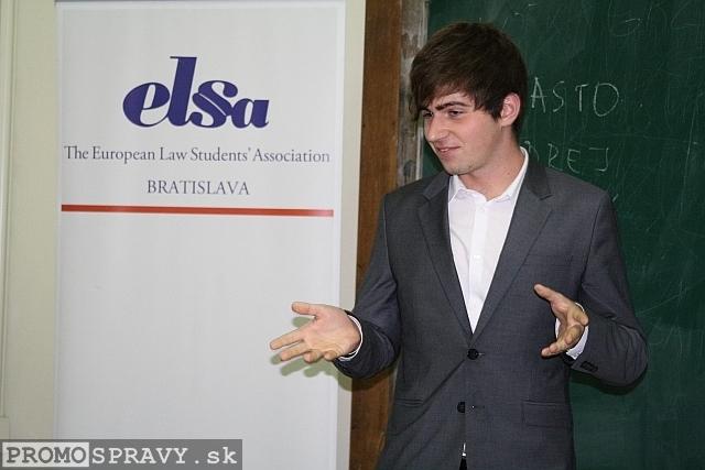 Pavol Krajči počas improvizácie, foto: Miloslav Ofúkaný